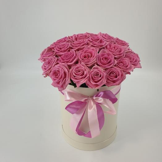 35 розовых роз в шляпной коробке: букеты цветов на заказ Flowwow