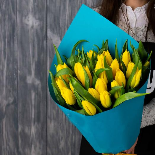 Букет желтых тюльпанов 5