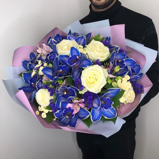 «Твитера»: букеты цветов на заказ Flowwow