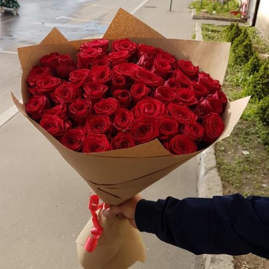 51 Алых роз