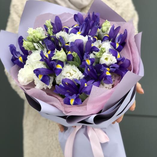 Roman holiday bouquet of eustoma and irises