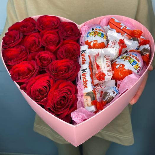 Сердце с розами и киндерами «Премиум»