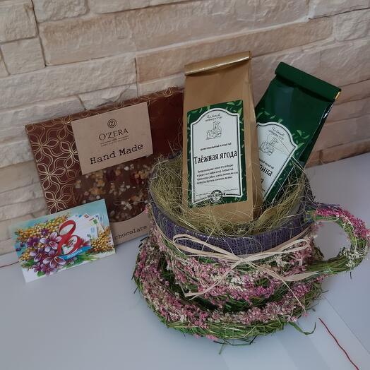 Чашечка с чаем и шоколадом ручной работы