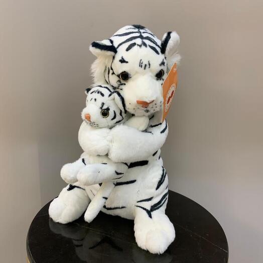 Мама с тигрёнком