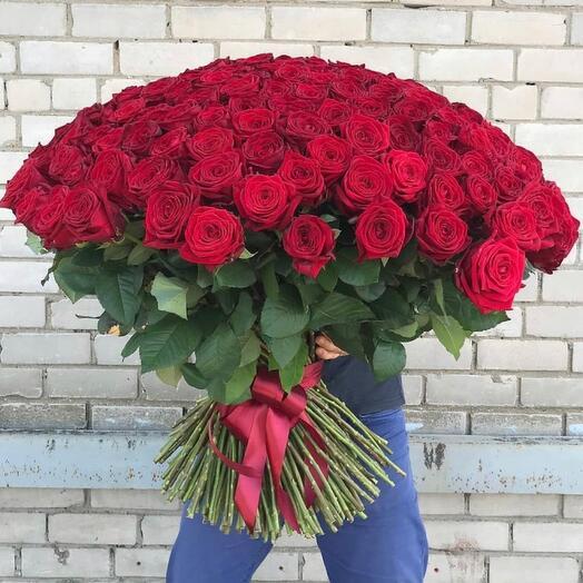 Букет из 101 Красных роз (70 см)