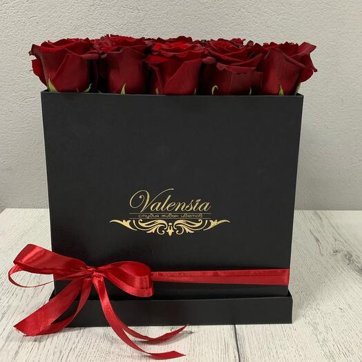 Розы в коробке - кубе