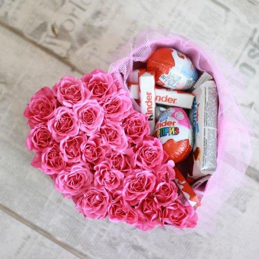 Коробка-сердце со сладостями: букеты цветов на заказ Flowwow