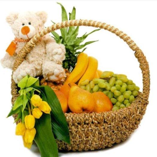 Миша и фрукты