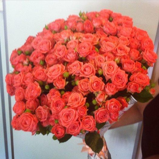 Буке из Кустовой розы: букеты цветов на заказ Flowwow