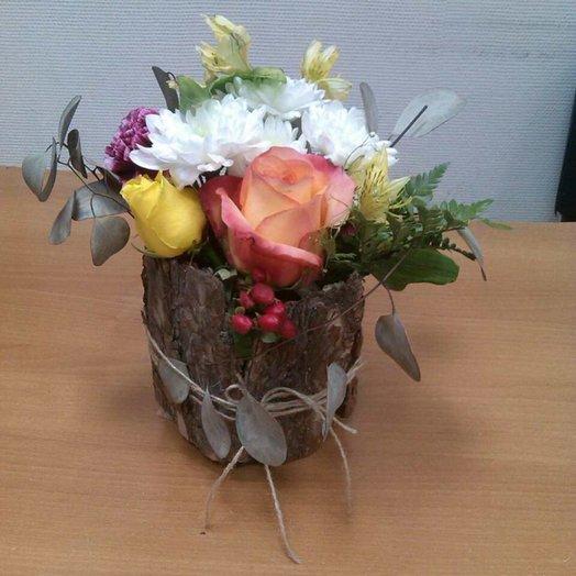 Композиция в коре: букеты цветов на заказ Flowwow