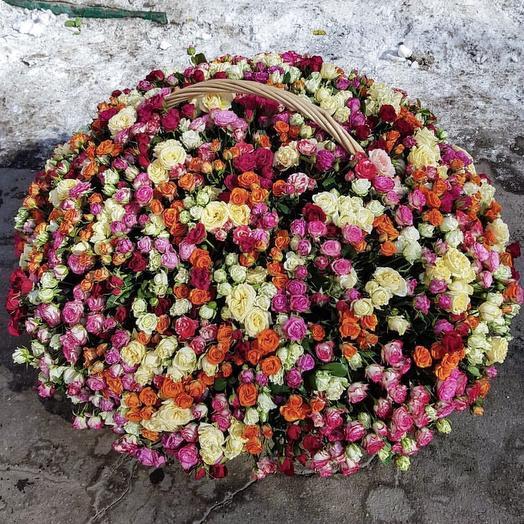 311 кустовых роз: букеты цветов на заказ Flowwow