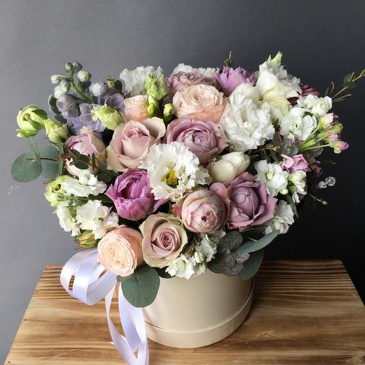 Весенняя коробочка: букеты цветов на заказ Flowwow