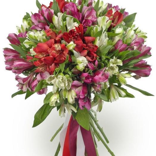 Букет из альстрамерий: букеты цветов на заказ Flowwow