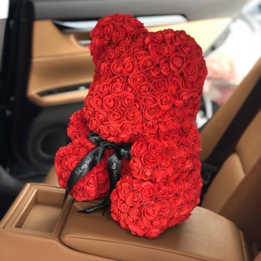 Красный мишка из роз (40 см): букеты цветов на заказ Flowwow