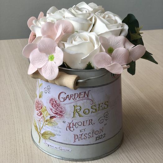 Букет из мыльных роз и гортензии: букеты цветов на заказ Flowwow