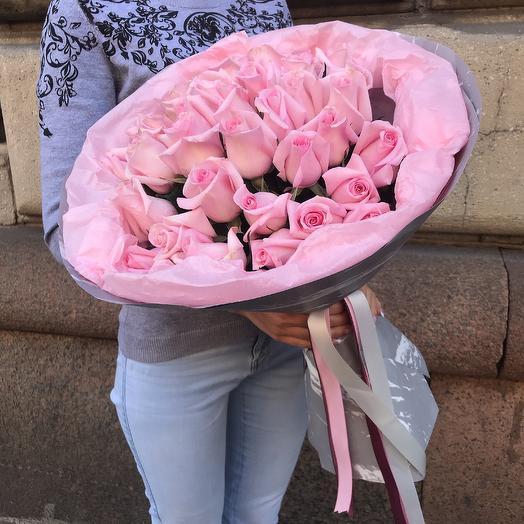 35 роз Эквадор: букеты цветов на заказ Flowwow