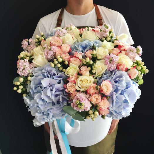Коробочка - Ирина: букеты цветов на заказ Flowwow