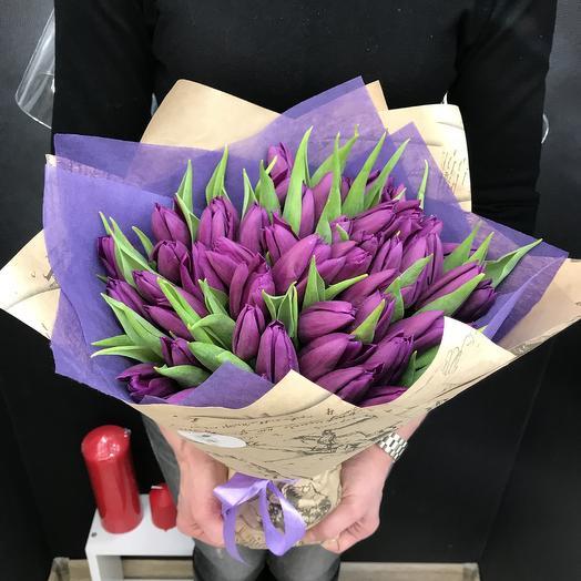 Букет из 49 фиолетовых тюльпанов: букеты цветов на заказ Flowwow