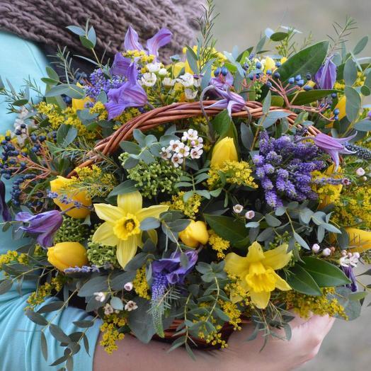 "Корзина цветов ""Зимнее солнце"": букеты цветов на заказ Flowwow"