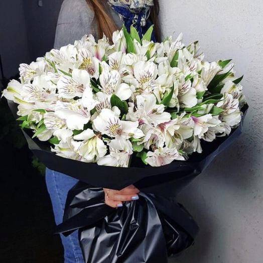 Белые альстромерии: букеты цветов на заказ Flowwow