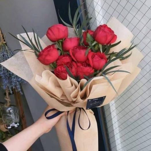 Красные жемчужины: букеты цветов на заказ Flowwow