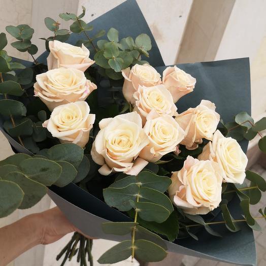 Розы бежевые: букеты цветов на заказ Flowwow