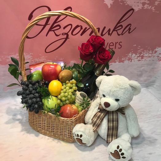 Подарочный набор с фруктами