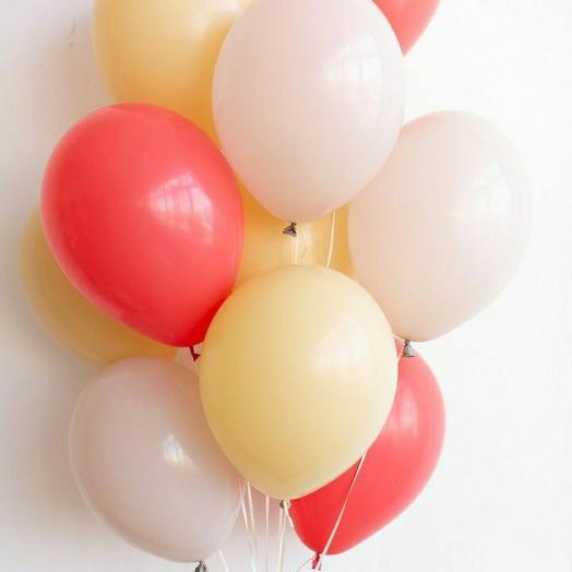 """Связка воздушных шаров""""красный-кремовый-песочный"""""""
