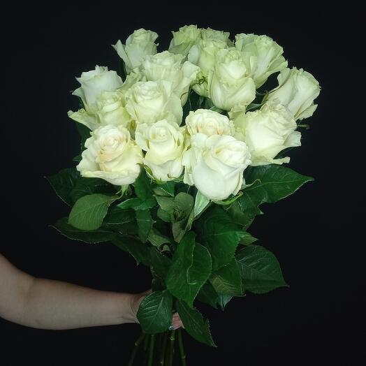 17 белых роз 😍