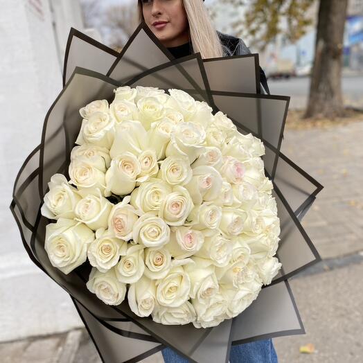 М45 - Монобукет из белых роз 101 шт