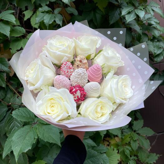 Клубника с розами 💕