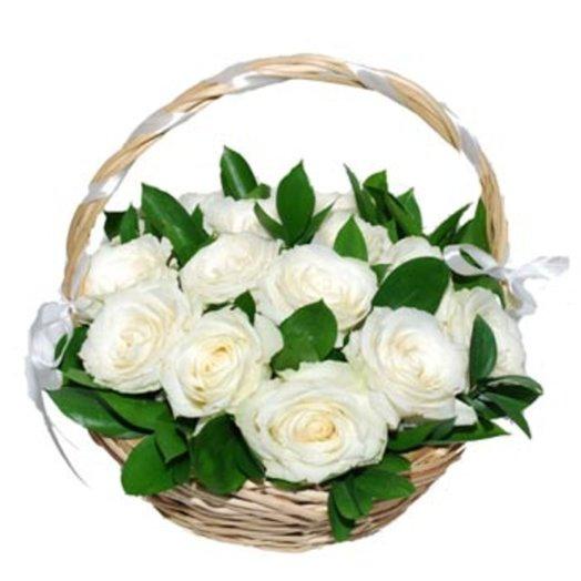 Открытка корзина с белыми розами, для