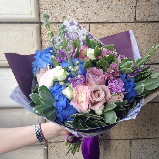 Букет 208: букеты цветов на заказ Flowwow