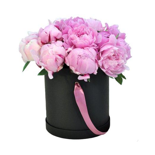 15 пионов в шляпной коробке: букеты цветов на заказ Flowwow