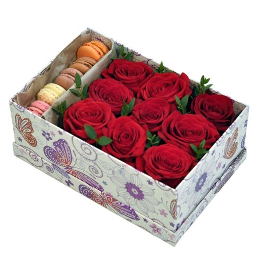 Коробка Ред: букеты цветов на заказ Flowwow