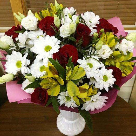 Сборный букет из роз Фридом: букеты цветов на заказ Flowwow