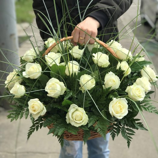 Корзины с цветами. Розы. 29 роза. N141: букеты цветов на заказ Flowwow