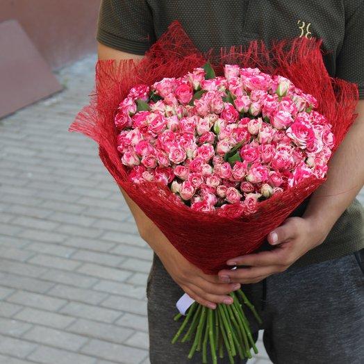 29 кустовых роз: букеты цветов на заказ Flowwow