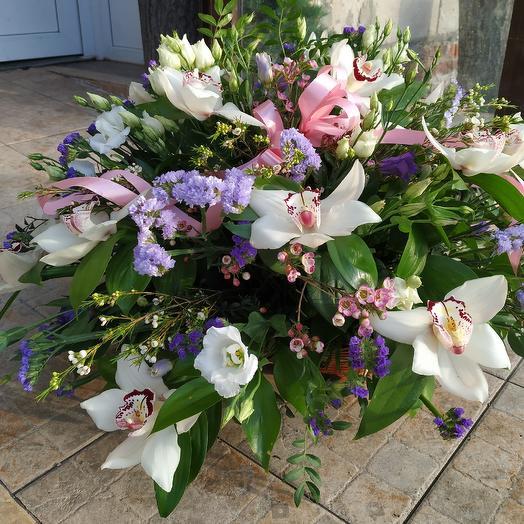 Шикарная корзина орхидей: букеты цветов на заказ Flowwow