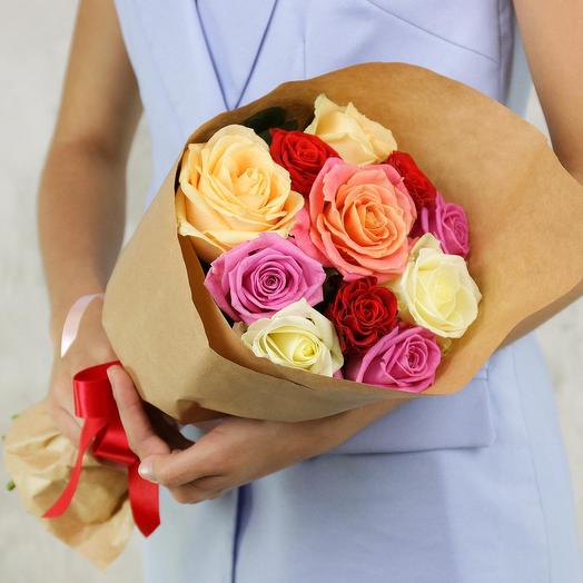 A bouquet of 11 roses mix: flowers to order Flowwow