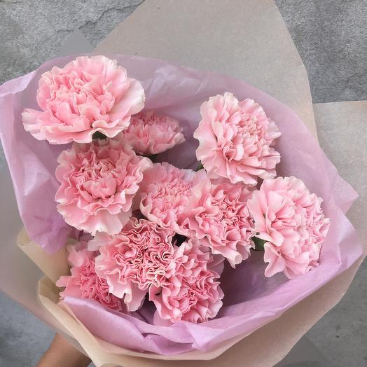 Кружевные розовые гвоздик: букеты цветов на заказ Flowwow