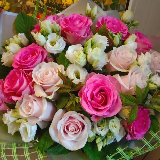 Букет с розами: букеты цветов на заказ Flowwow