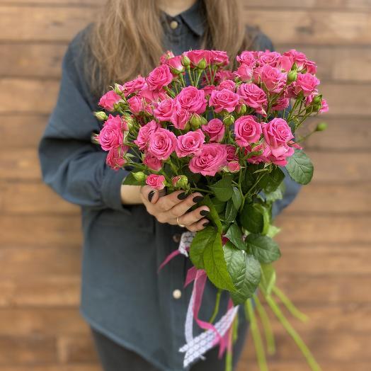 9 Кустовых роз под ленту
