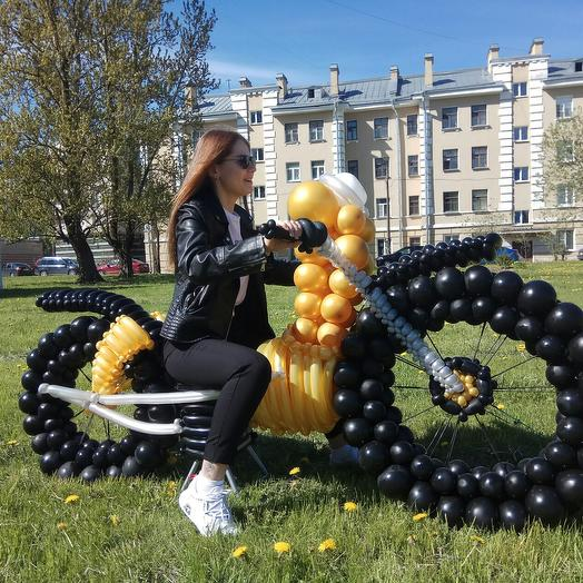 Мотоцикл из шаров
