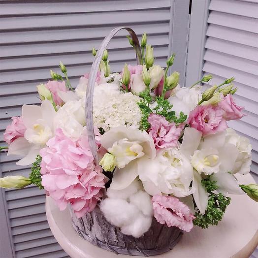 """Цветы в корзине """"Свежесть утра"""""""