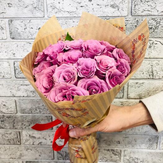 Букет из 21 сиреневой розы