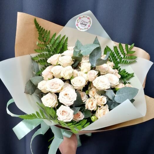 ✅ Букет из кустовой розы