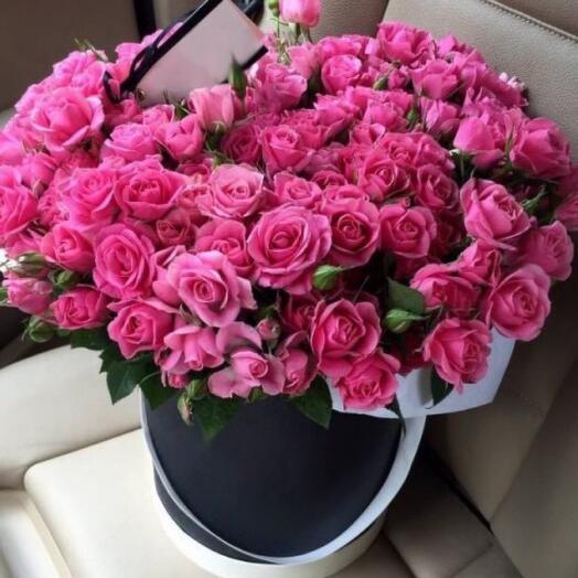 """19 кустовых роз в шляпной коробке """"Французкий поцелуй"""""""