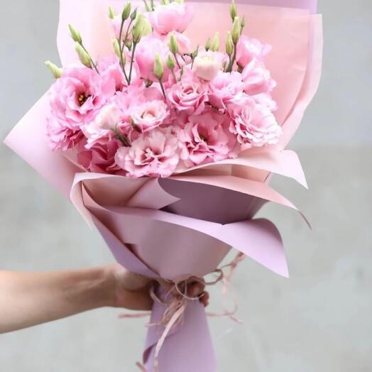 11 розовых эустом