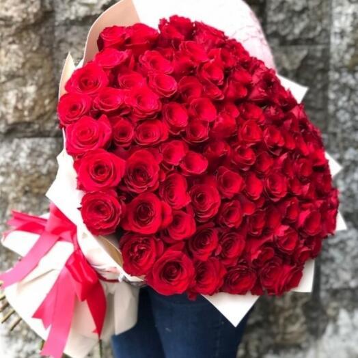 Букет из красных роз 101шт